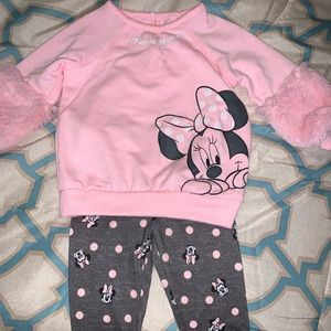 Little girls outfit 3-6 months